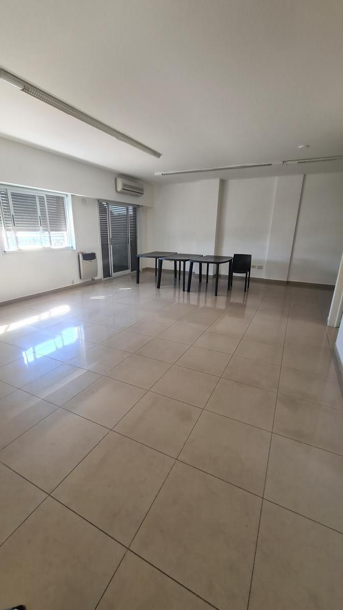 Foto Departamento en Venta en  Almagro Norte,  Almagro  Yatay al 1100  Precioso 4 amb muy luminoso y moderno