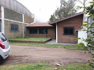 Foto Depósito en Venta en  9 De Abril,  Esteban Echeverria  ARISTOTELES 1800