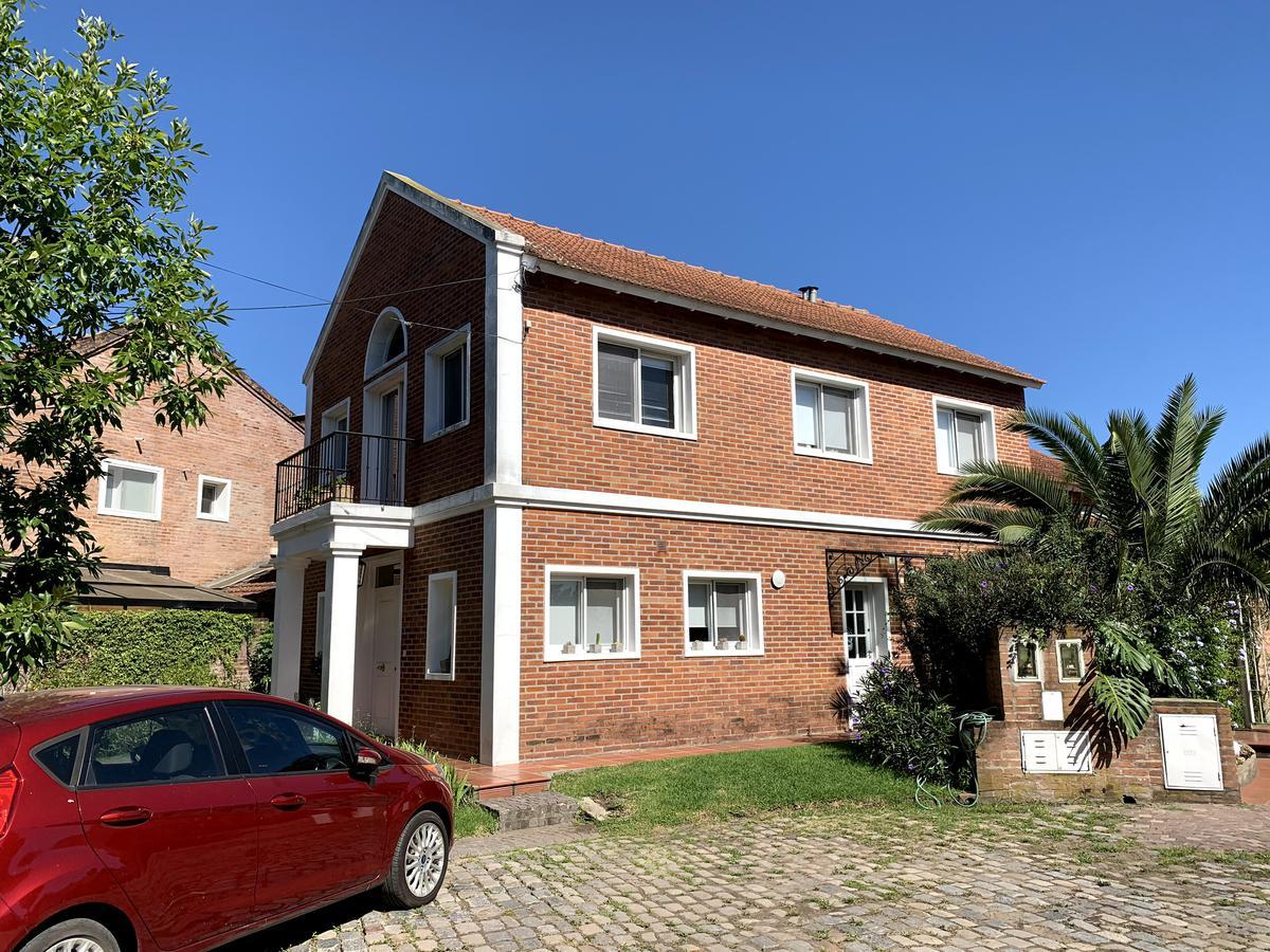 Foto Casa en Venta en  Camino Real,  Countries/B.Cerrado (San Isidro)  Camino Real - lote interno