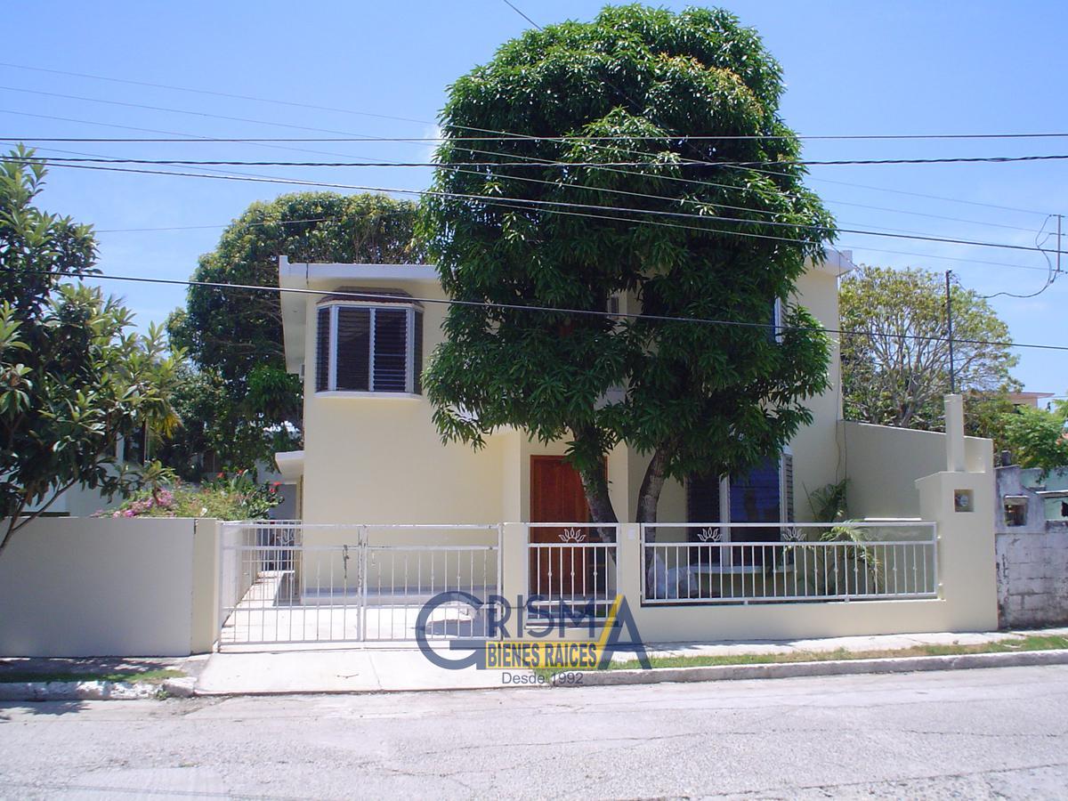 Foto Casa en Venta    en  Jardines de Tuxpan,  Tuxpan  CASA EN VENTA EN JARDINES