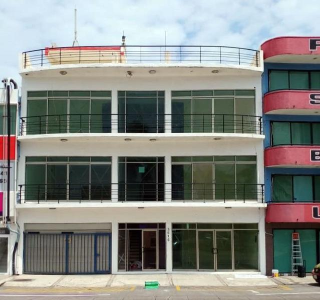 Foto Oficina en Renta en  Fraccionamiento Costa de Oro,  Boca del Río  [RENTA] Oficina en 1er y 2do piso, Blvd. Ruiz Cortinez, Boca del Rio.