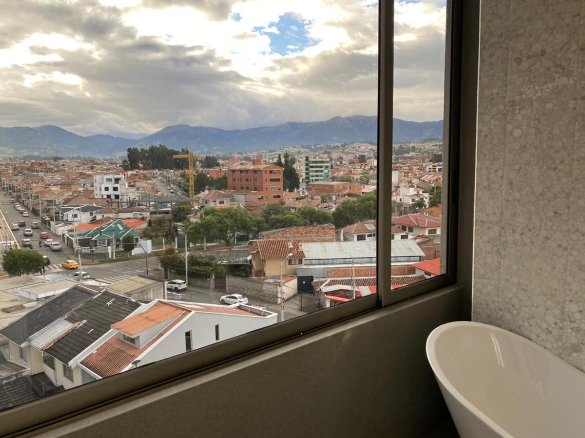 Picture Apartment in Sale in  Cuenca ,  Azuay  LUIS MORENO MORA
