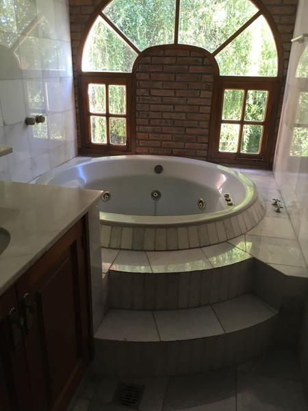 Foto Casa en Venta en  El Sosiego,  Countries/B.Cerrado  Venta -  Casa en Country Golf El Sosiego