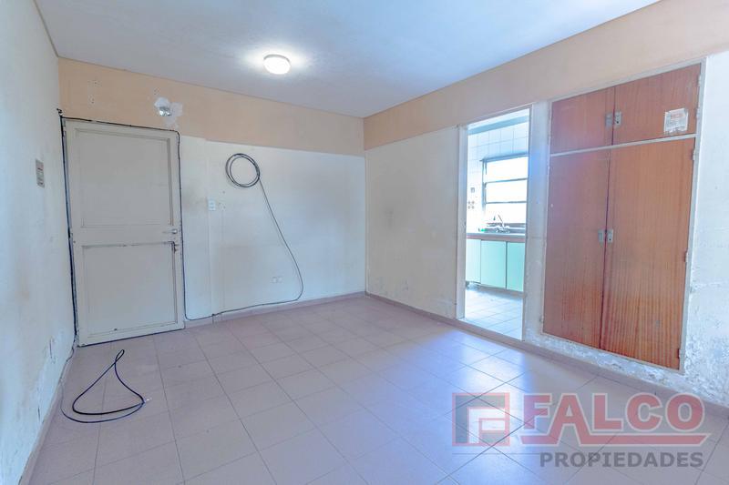 Foto Departamento en Alquiler |  en  Flores ,  Capital Federal  Jose Bonifacio al 2100