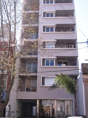Foto Departamento en Venta en  Lomas De Zamora,  Lomas De Zamora  SAENZ 175