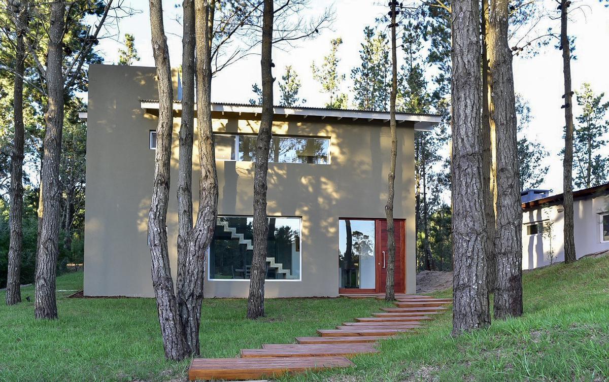 Foto Casa en Venta en  Barrio Costa Esmeralda,  Pinamar  DEPORTIVA LOTE AL al 500