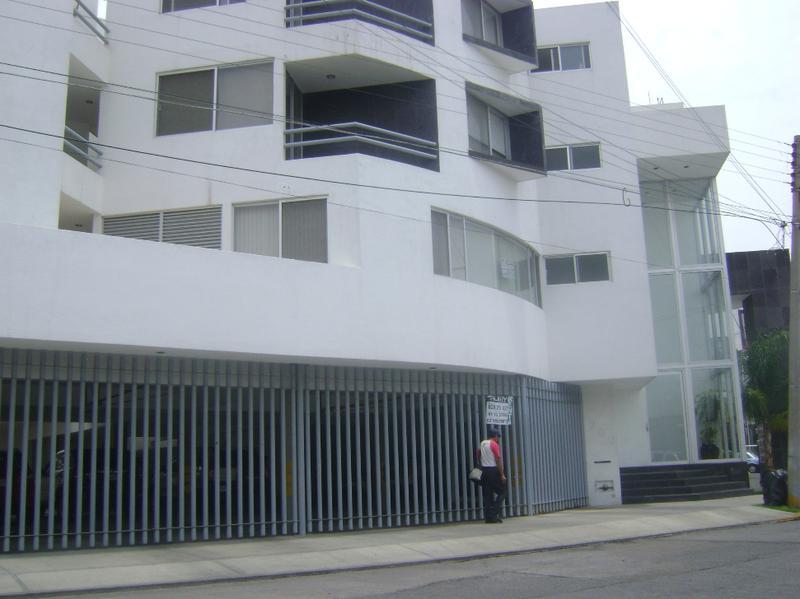 Foto Departamento en Renta en  Jardín,  San Luis Potosí  DEPARTAMENTO AMUEBLADO  EN RENTA  EXCELENTES CONDICIONES EN COL. JARDIN