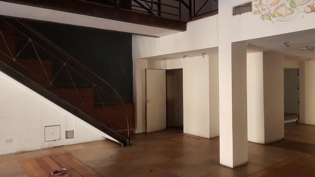Foto Local en Venta en  Centro,  San Carlos De Bariloche  Mitre al al 200
