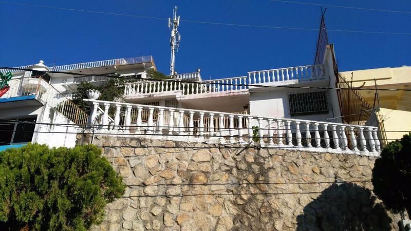 Foto Casa en Venta en  Fraccionamiento Costa Azul,  Acapulco de Juárez  Fraccionamiento Costa Azul