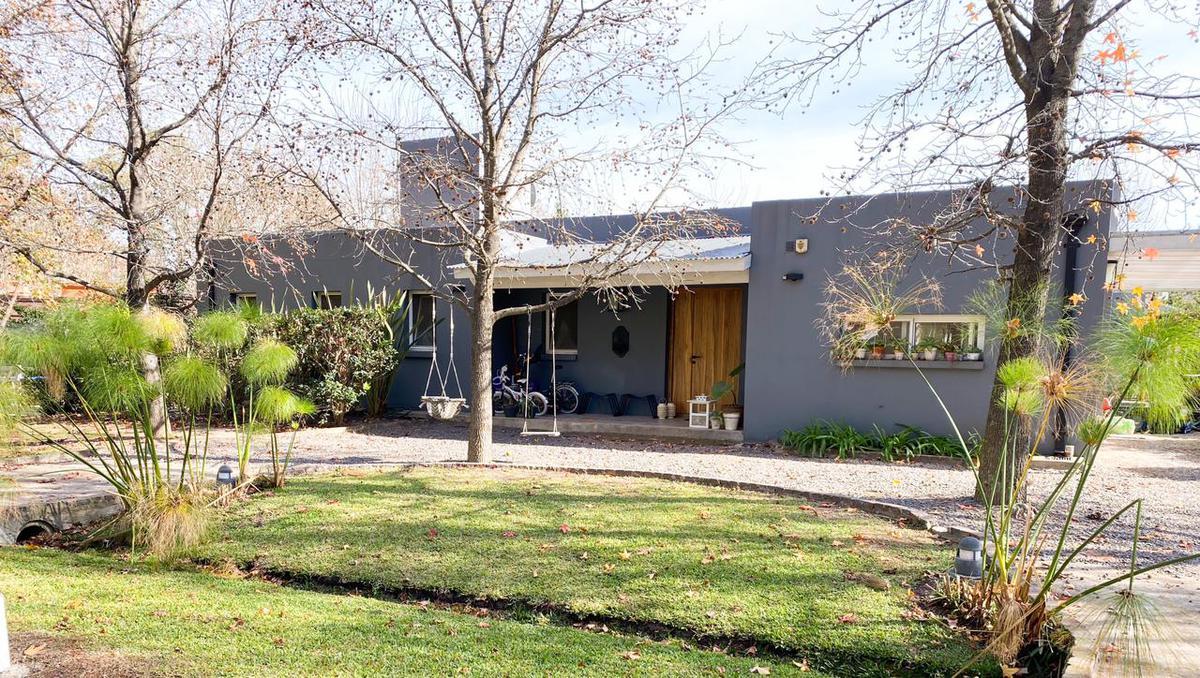 Foto Casa en Venta en  Los Potrillos,  Countries/B.Cerrado (Pilar)  Barrio Los Potrillos