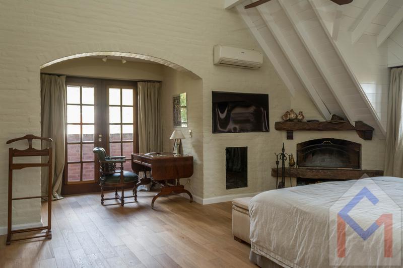 Foto Casa en Venta en  Las Lomas-Schoenstatt,  Las Lomas de San Isidro  Elflein, Maestra Ada 2500