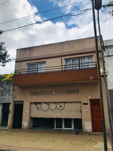 Foto Local en Alquiler en  La Plata ,  G.B.A. Zona Sur  70 entre 5 y 6