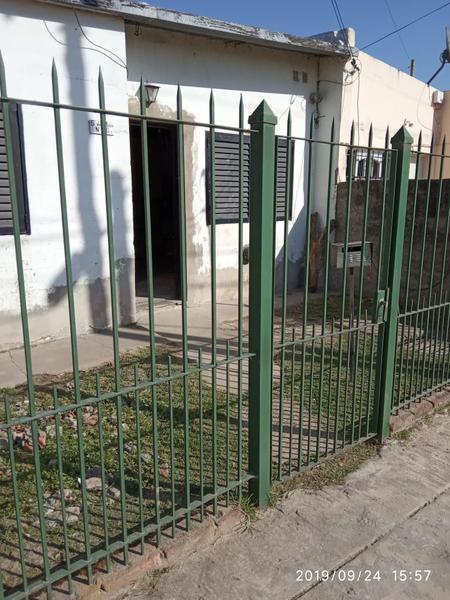 Foto Casa en Venta en  Tristan Suarez,  Ezeiza  SALVADOR DE MAIO AL  900