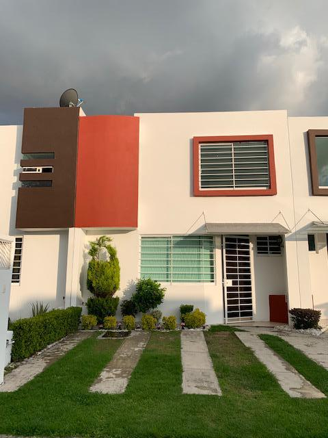 Foto Casa en Venta en  Fraccionamiento Villas el Marqués,  Cuautlancingo   CASA EN VENTA, Cuautlancingo, Privada del Marques Barrio del Calvario, casa 47