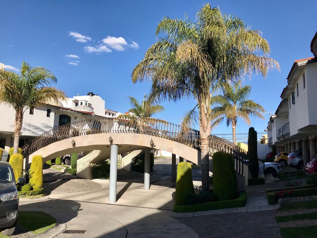 Foto Casa en Venta en  La Providencia,  Metepec  La Providencia