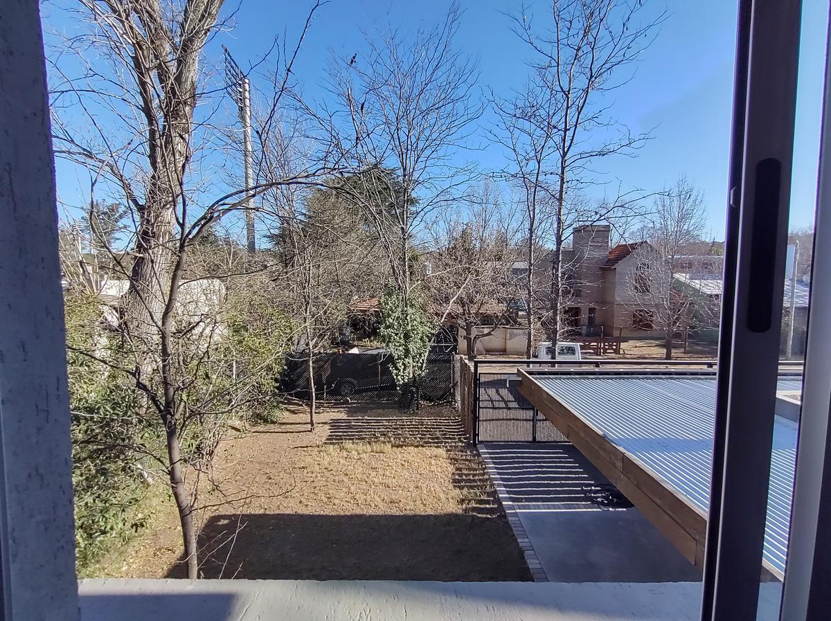 Foto Casa en Venta en  Villa Warcalde,  Cordoba Capital  VILLA WARCALDE