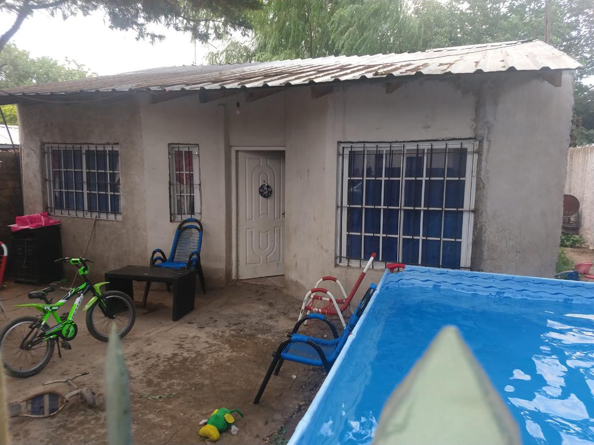 Foto Casa en Venta en  Merlo ,  G.B.A. Zona Oeste  PAYRÓ al 3900