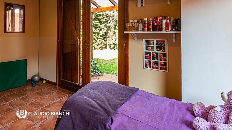 Foto Casa en Venta en  Caisamar,  Mar Del Plata  Daprotis 6136