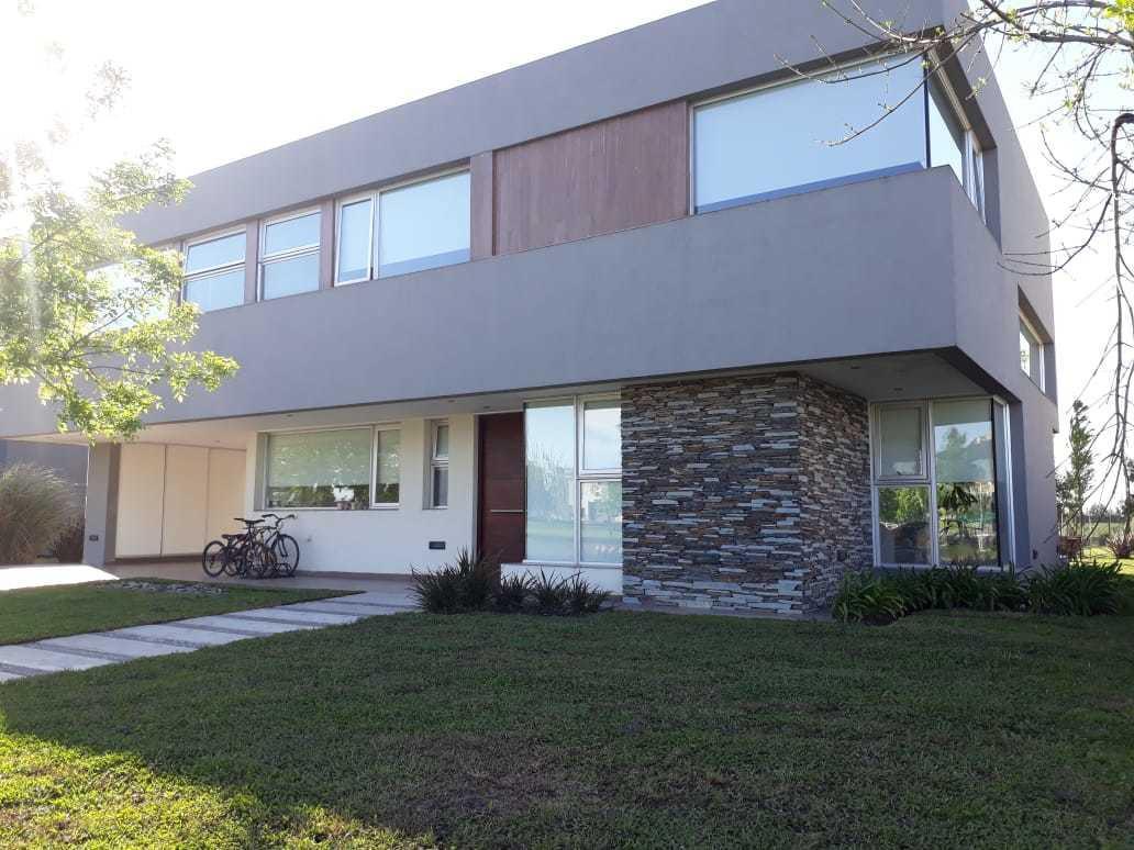 Foto Casa en Alquiler en  Terravista,  Countries/B.Cerrado (G. Rodriguez)  ALA. Exclusiva casa minimalista  en Terravista