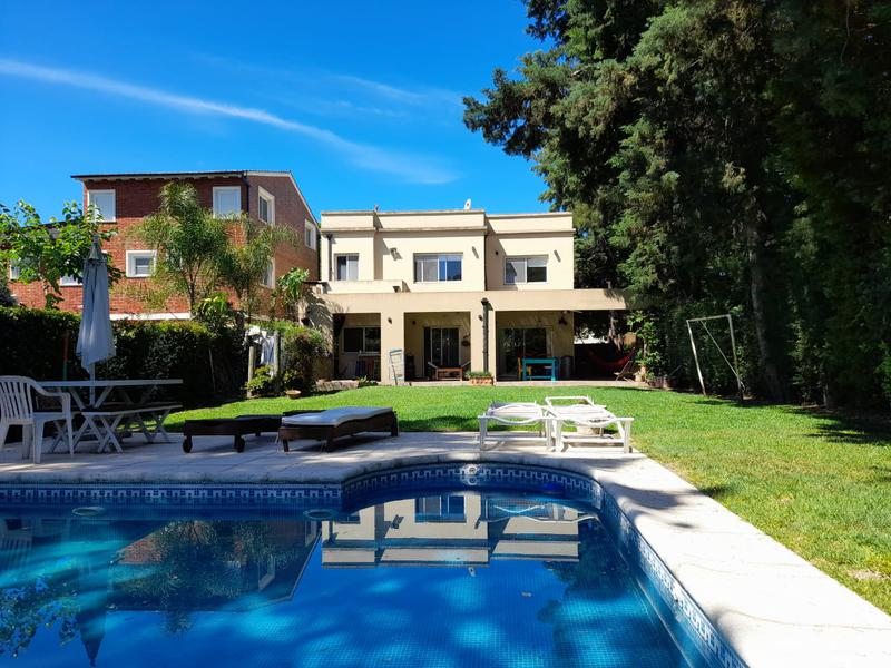 Foto Casa en Alquiler temporario en  Tres Horquetas,  Countries/B.Cerrado (San Fernando)  Tres Horquetas