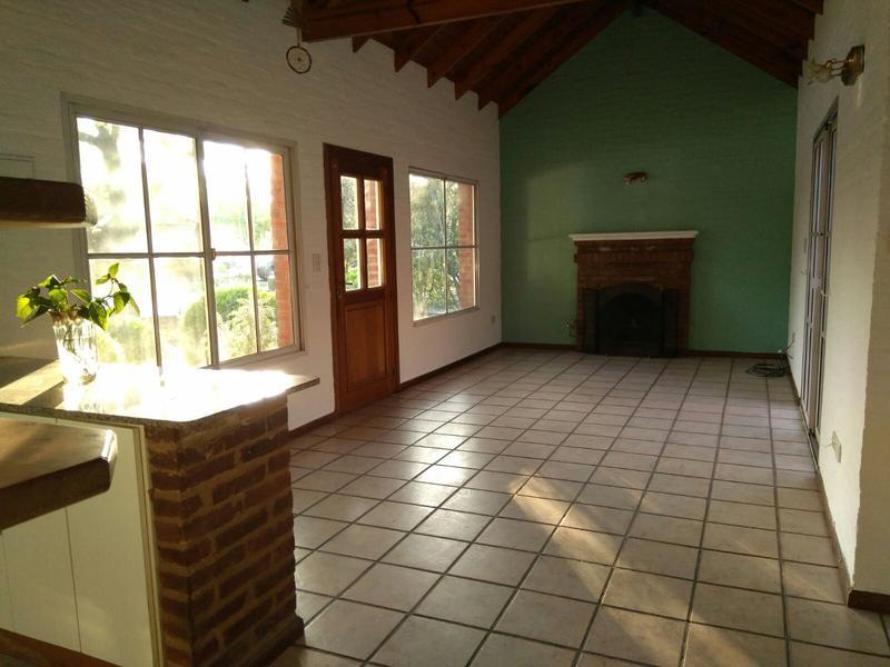 Foto Casa en Alquiler en  Canning,  Esteban Echeverria  CORONEL DUPUY 4800