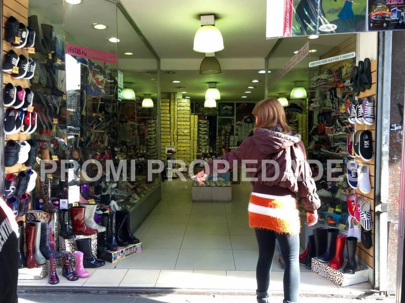 Foto Local en Alquiler en  Once ,  Capital Federal  Av. PUEYRREDON al 301