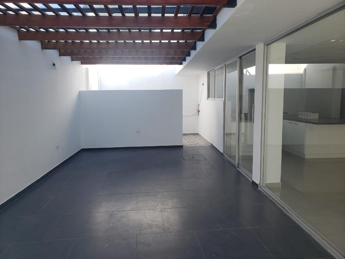 Foto Casa en Alquiler en  Nayón - Tanda,  Quito  Tanda