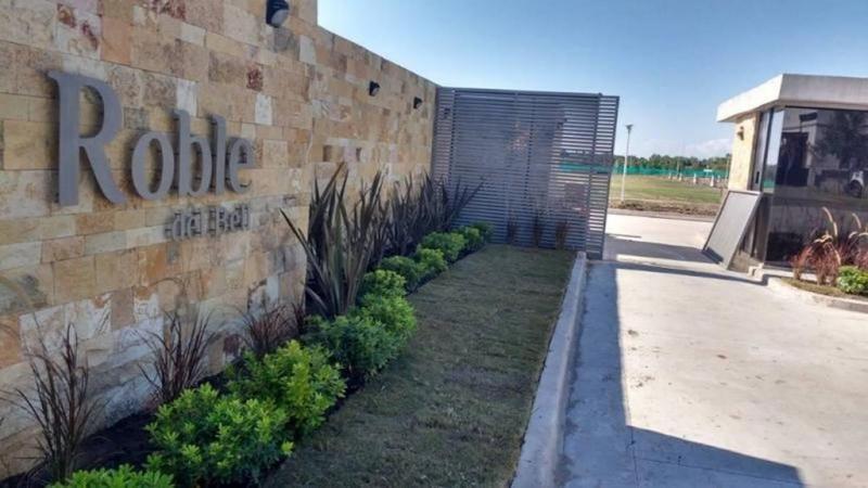 Foto Terreno en Venta en  City Bell,  La Plata  477 y 132. Roble del Bell N° 43