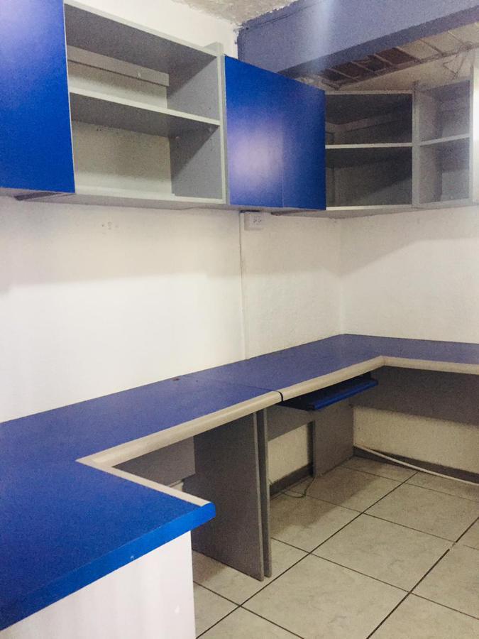 Foto Casa en Renta en  San Antonio,  Escazu  San Antonio / Independiente / 3 habitaciones + oficina/ Uso de suelo mixto