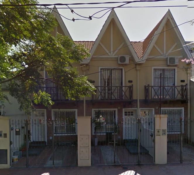 Foto Casa en Alquiler en  Lomas de Zamora Oeste,  Lomas De Zamora  Pereyra Lucena  871  Lomas de Zamora