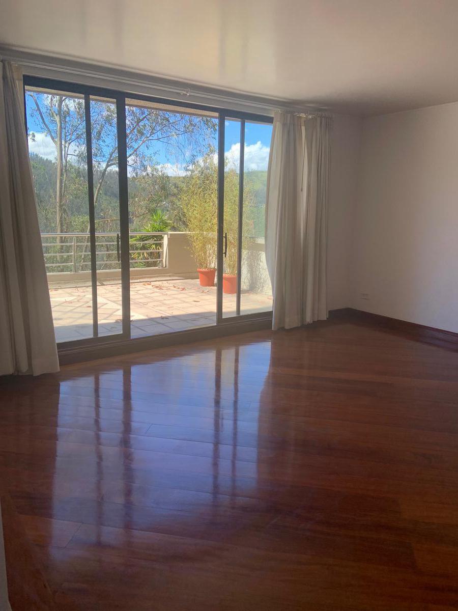 Foto Departamento en Alquiler en  Centro Norte,  Quito  GONZALEZ SUAREZ SERENTA SUITE CON VISTA ESPECTACULAR (CR)