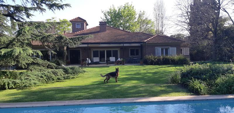 Foto Casa en Alquiler temporario en  Las Lomas-Horqueta,  Las Lomas de San Isidro  Monroe al 1900
