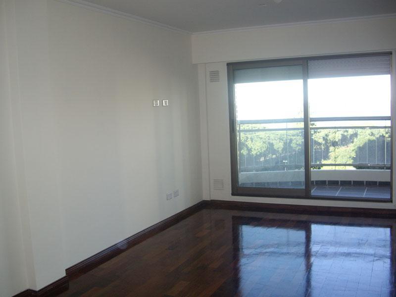 Foto Departamento en Venta en  Macrocentro,  Rosario  Ayacucho 1100
