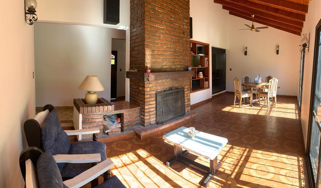 Foto Casa en Venta en  Manuel B Gonnet,  La Plata  496 26 y 27