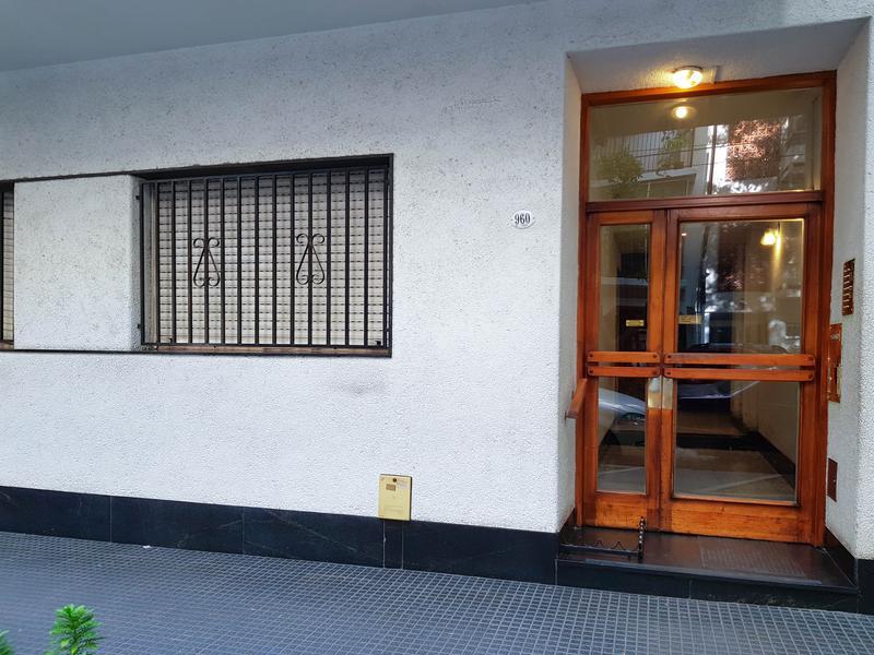 Foto Departamento en Alquiler en  P.Centenario ,  Capital Federal  Panama 960 4 ° 13