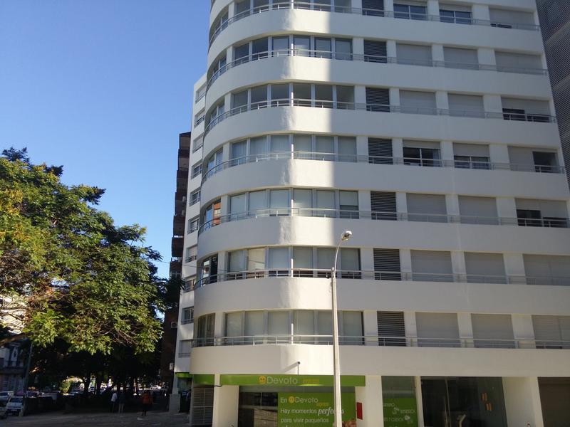 Foto Cochera en Alquiler en  Aguada ,  Montevideo  Aguada