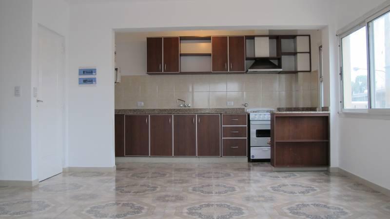 Foto Departamento en Alquiler en  Belen De Escobar,  Escobar  HIPOLITO YRIGOYEN 304 1A