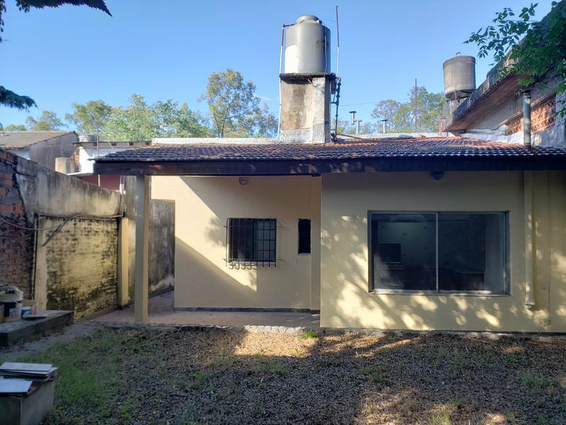 Foto Casa en Alquiler en  Bella Vista,  San Miguel  Av. Illia al 1400