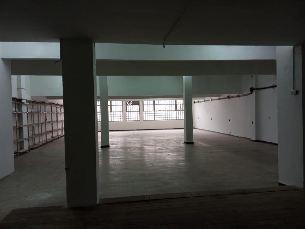 Foto Depósito en Alquiler en  Once ,  Capital Federal  Excelente deposito de 700m2 opcion  Oficinas por 250m2, Doble porton, Montacarga, Foco Once,