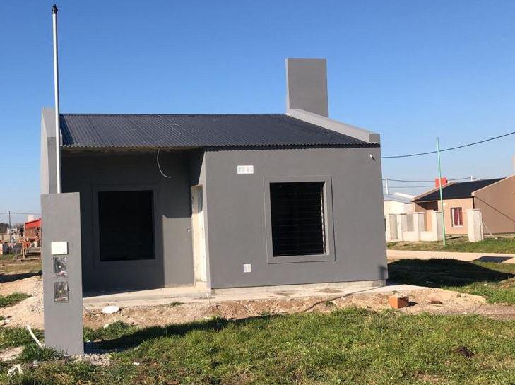 Foto Casa en Venta en  Lujan ,  G.B.A. Zona Oeste  Plan COVILU