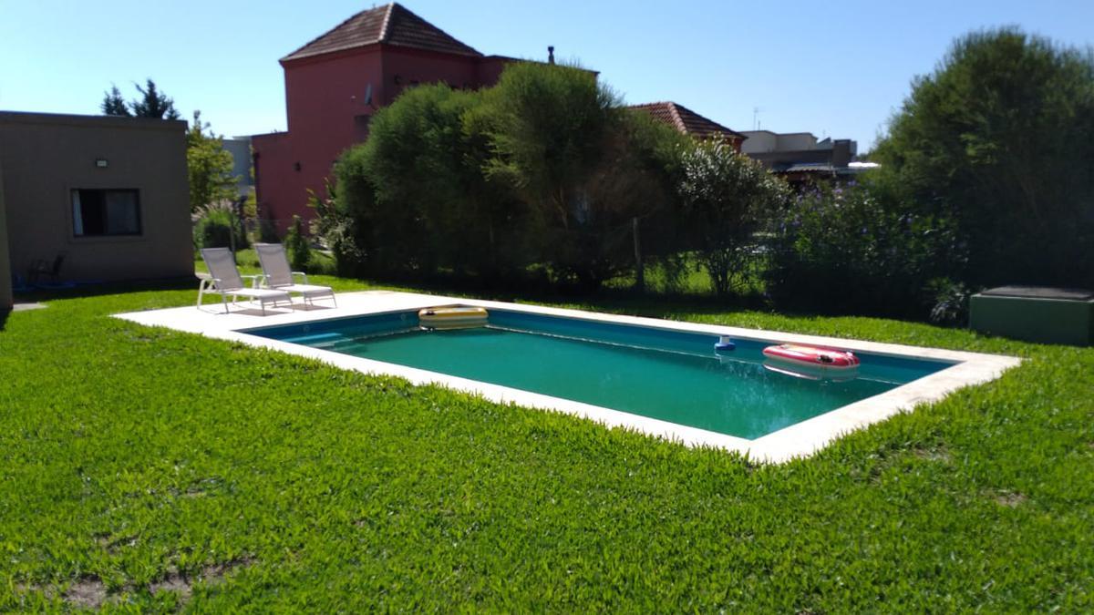 Foto Casa en Alquiler en  San Marco,  Villanueva  Casa con pileta en San Marco Villanueva