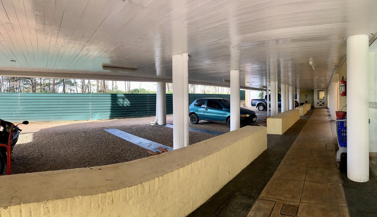 Foto Departamento en Venta en  Playa Brava,  Punta del Este  APTO CON VISTA DESEMBOCADURA Y MAR
