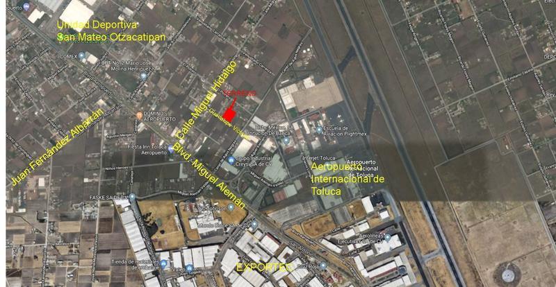 Foto Terreno en Venta en  San Nicolás Tolentino,  Toluca  Venta de Terreno cerca de Blvd. Aeropuerto, Toluca  , 5,000 m2, uso suelo Industrial