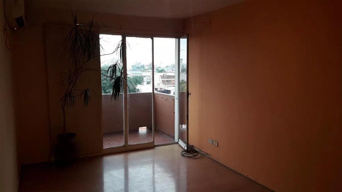Foto Departamento en Venta en  Flores ,  Capital Federal  CRISOSTOMO ALVAREZ 2800 5°