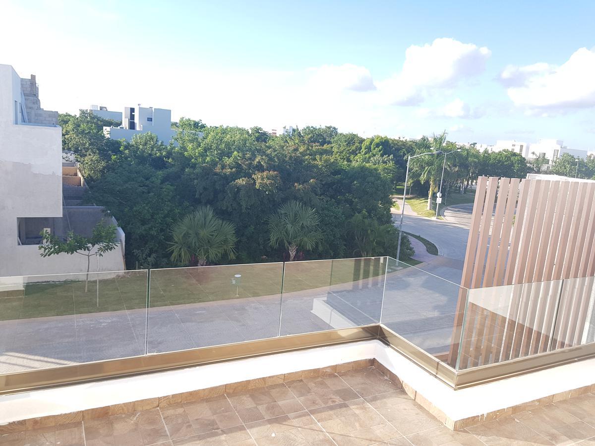 Foto Casa en Venta en  Benito Juárez ,  Quintana Roo  CASA VENTA  AQUA RESIDENCIAL CANCUN