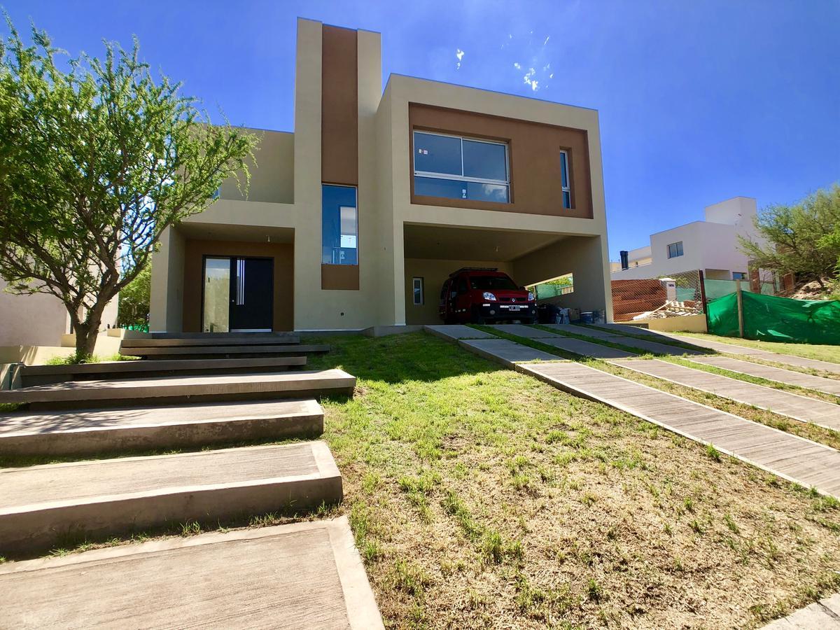 Foto Casa en Venta en  Las Cañitas Barrio Privado,  Malagueño  Salida a Alta gracia por la autopista Cordoba Carlos Paz