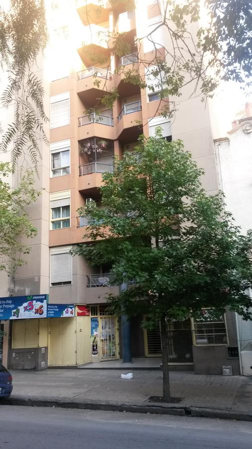 Foto Departamento en Alquiler en  Nueva Cordoba,  Capital  AMBROSIO OLMOS N° al 600
