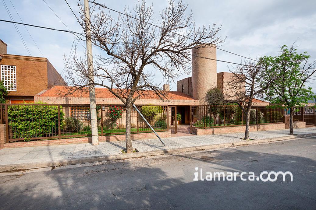 Foto Casa en Venta en  Urca,  Cordoba  arruabarrena al 1000