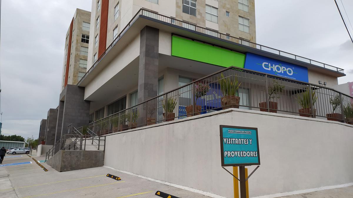Foto Local en Renta en  San José del Puente,  Puebla  RENTA LOCALES COMERCIALES (TORRES PUENTE DE MÉXICO BLVD. FORJADORES) Calle Santa Elena # 1