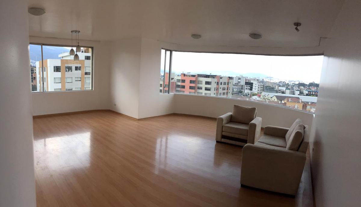 Foto Departamento en Venta en  Centro Norte,  Quito  VENTA DPTO. 151m², 3 DORM. AV. GASPAR DE VILLARROEL, QUITO